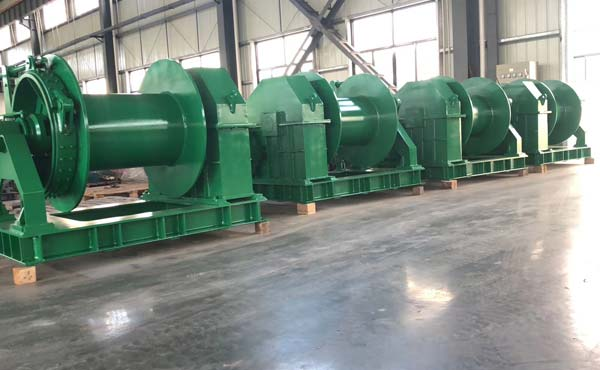 10-Sets-Hydraulic-Winch-Shipped-in-Indonesia