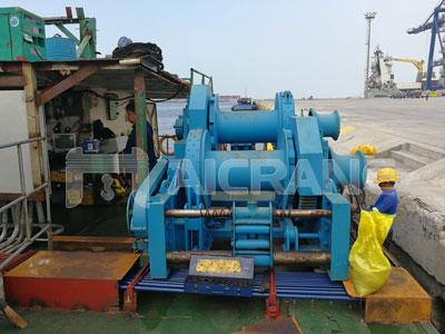 12-ton-hydraulic-mooring-winch-for-ship