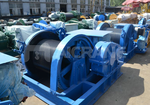 Large-capacity-building-construction-winch-to-lift-construction-materials