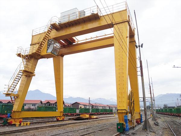 double-girder-gantry-crane