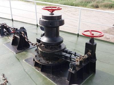 anchor capstan