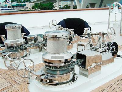 electric-anchor-capstan-1