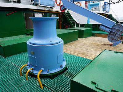 hydraulic-anchor-capstan