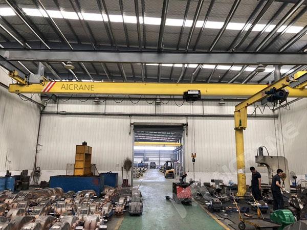 underhung-overhead-crane